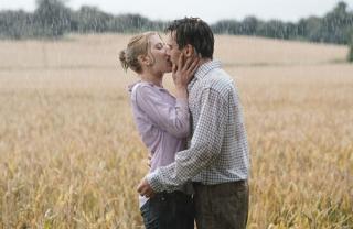 Scarlett Johansson, Jonathan Rhys Meyers in 'Match Point', 2005